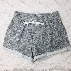 VS Pink Shorts Small Cuffed Fleece Logo Gray Marl.